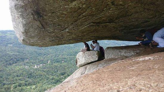 Ramakkalmedu, Indien: cave at hills