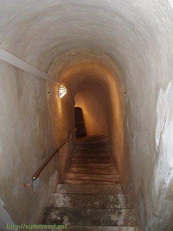 Volokonovka, רוסיה: Холковский подземный монастырь