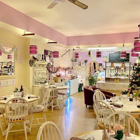 Marjorie's Tearooms & Bistro: Christmas Food Night At Marjorie's