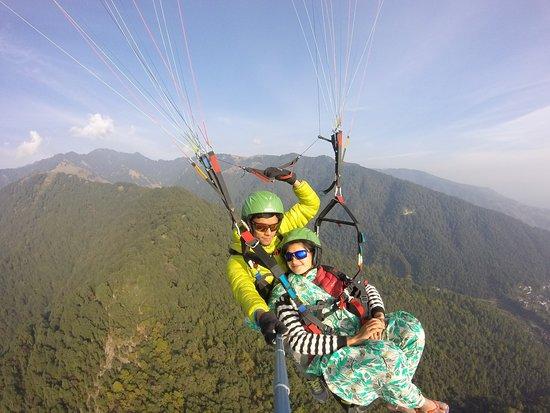 Bir, Индия: paragliding