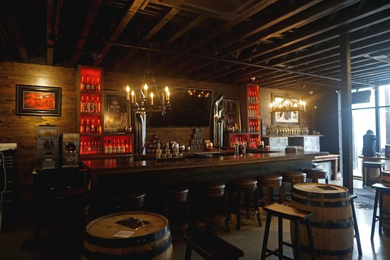 Big Machine Store & Distillery