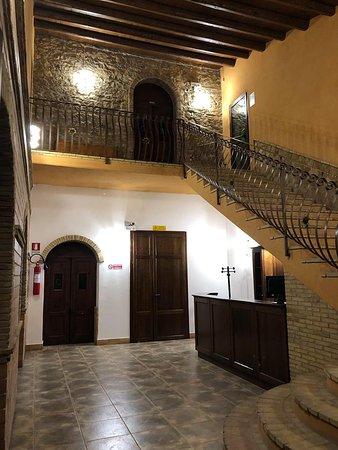 CAVATELLI ALLA CREMA DI ZUCCA , FUNGHI MISTI E GUANCIALE CROCCANTE – na slici je Morus Alba Resort, Sicilija