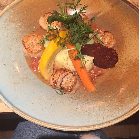 Walloon Brabant Province, Belgia: Cuisine délicieuse, cadre sympathique et toujours très bien reçus ! Nous y allons casi toutes les semaines c'est toujours un régal pour les papilles, raffinés, produits frais, présentations recherchées. On adore