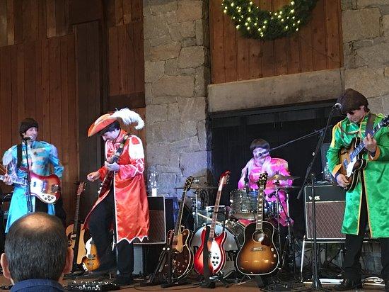 Southbury, Коннектикут: Penny Lane Beatles tribute band