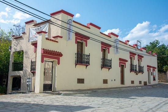 Nuevo Leon, المكسيك: Un exquisito lugar de día y de noche, en el mero corazón de Santiago NL