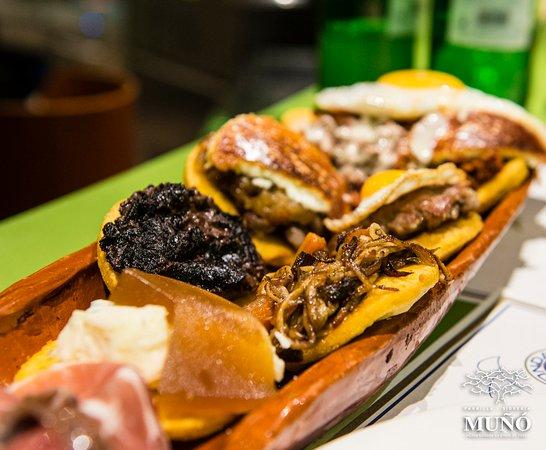 Parrilla Muño Poniente: Variadín de tortos.