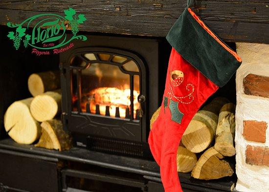 Florios Pizzeria Restaurant: Buon Natale!