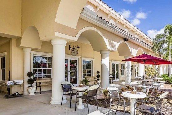 Le Petit Jardin Cafe, Venice - Menu, Prices & Restaurant ...