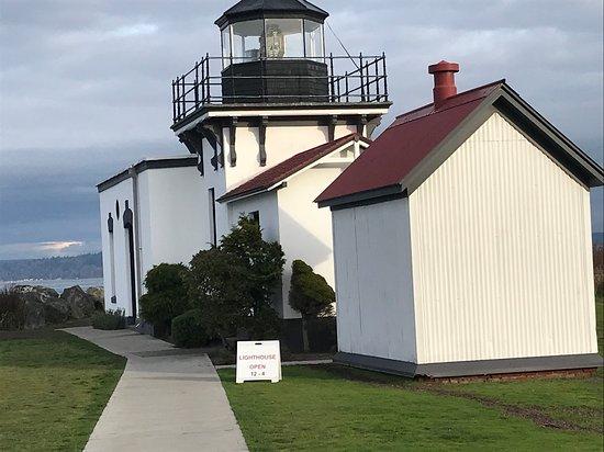 Hansville, WA: The lighthouse-1