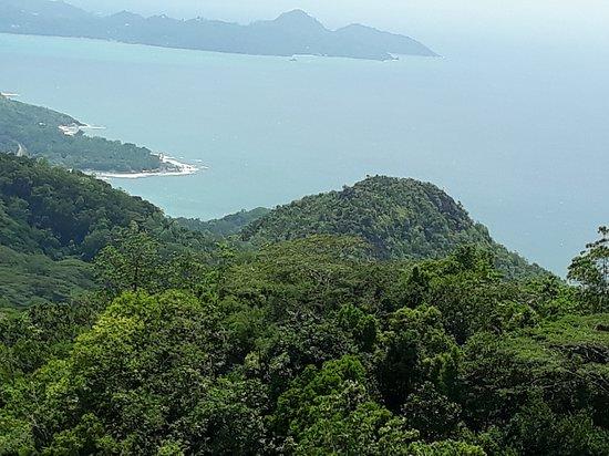 Cocotier Tours: Aussicht Nationalpark