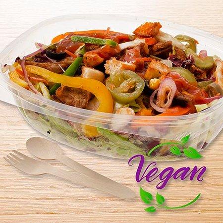 Salad chickenparts vegan