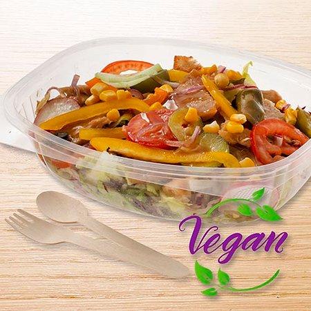 Salad teriyaki vegan