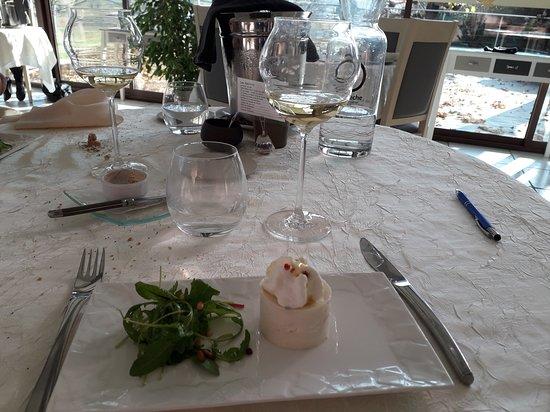 Villeneuve-de-Berg, France: Restaurant Table de Léa Dec-2018
