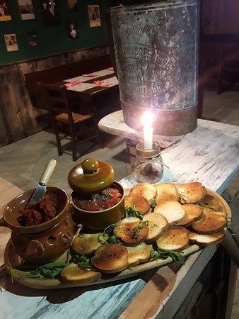 Sunset Pub Cafe: bruschette fai da te