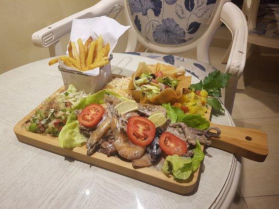 Вилайет Монастир, Тунис: Fruit de mer sautée a la crème
