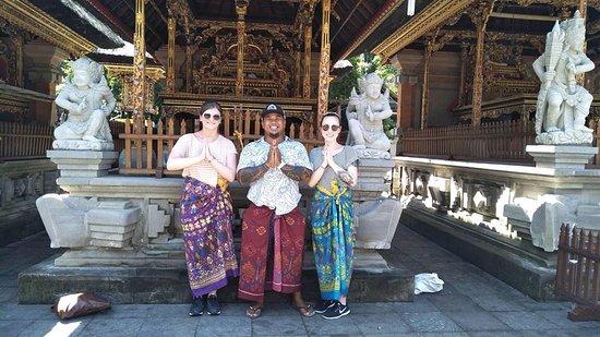 Dodiana Bali Transport: Tirta Empul Temple Tour