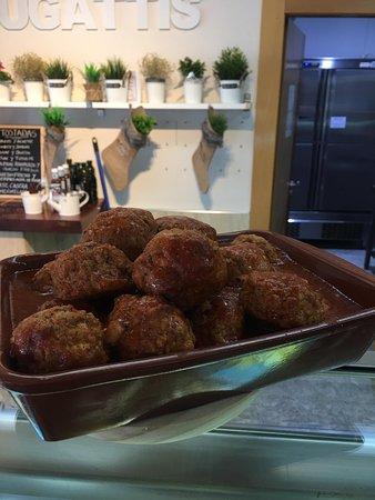 Bugattis Gastro Bar: Meatballs