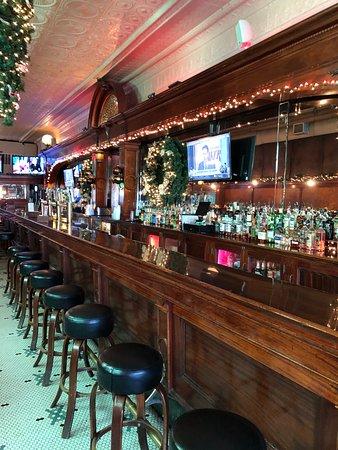 Cerno S Bar And Grill Kewanee Menu Prices Restaurant