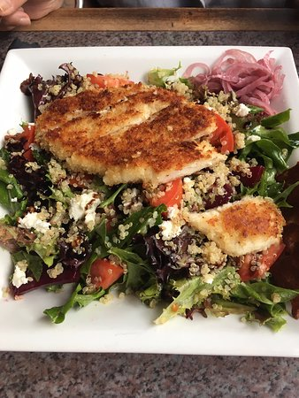 The Turning Point Restaurant: Salade de poulet