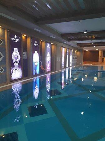 Kashan, Iran: Swimming Pool