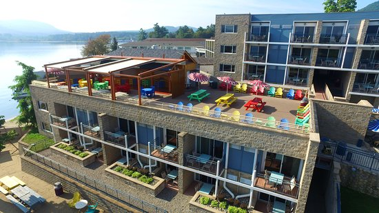 The Rooftop Cabana Bar: Restaurant Aerial View.