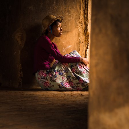 Amazing temples photo tour in Bagan! The light is incredible and the people are so friendly.