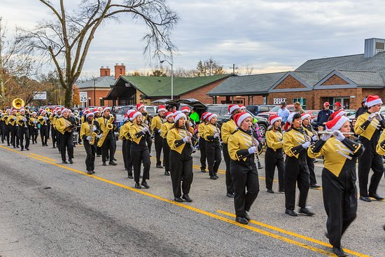 Fayetteville, NC: Hope Mills Christmas Parade
