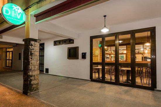 Exterior de Divi Restaurant