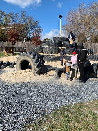 Mountville, Pennsylvanie : giant tires