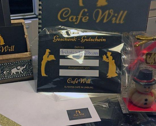 Weihnachtsendspurt!!! Noch kein Geschenk und am verzweifeln? Dann schnell zum Café Will und einen liebevoll verpackten Gutschein sichern.