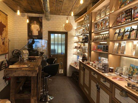 Chocolat Chapon: Interior do estabelecimento