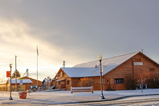 Beautiful Morning at the Homesteader Museum. Photo courtesy of Wyoming Images by Lynn Richardson