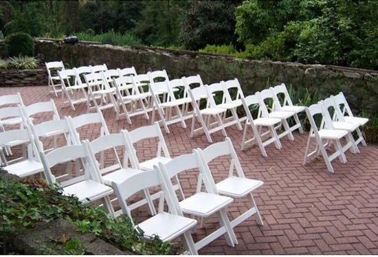 Columbia, MD: A ceremony in the garden