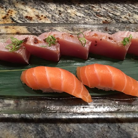 Akiko's Sushi Bar and Restaurant: Serving the best and freshest fish is our goal at Akiko's Sushi Bar