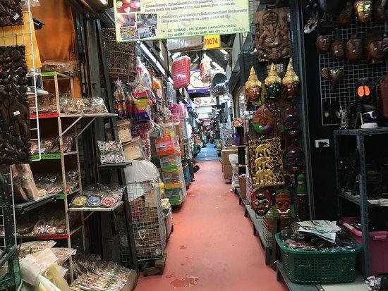 Chatuchak Weekend Market: 通路
