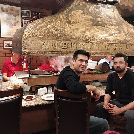 Amazing Kebabs and lamb ribs. Tiny place for authentic Turkish cuisines loaded with tons of flavor. Your visit to Istanbul isn't complete without Zubeyir Ocakbasi lunch or dinner. Highly recommended must nut visit. 🔥🔥🔥🔥 ⭐️⭐️⭐️⭐️⭐️