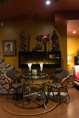 Mariaggi's Theme Suite Hotel & Spa: The Africa Suite - Private in room dining available