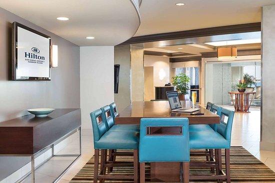 hilton san diego airport harbor island 116 1 6 1. Black Bedroom Furniture Sets. Home Design Ideas