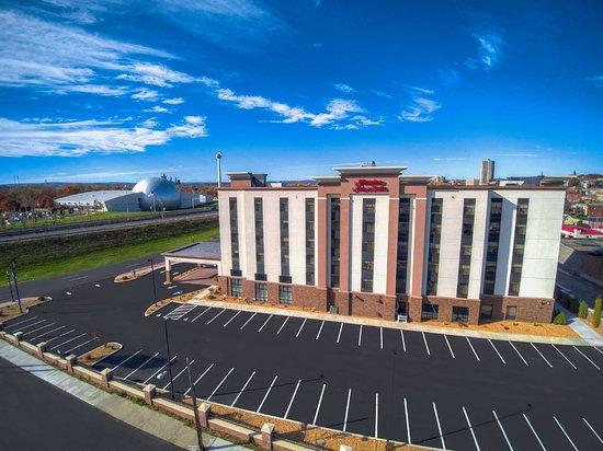 Hampton Inn & Suites Springfield/Downtown