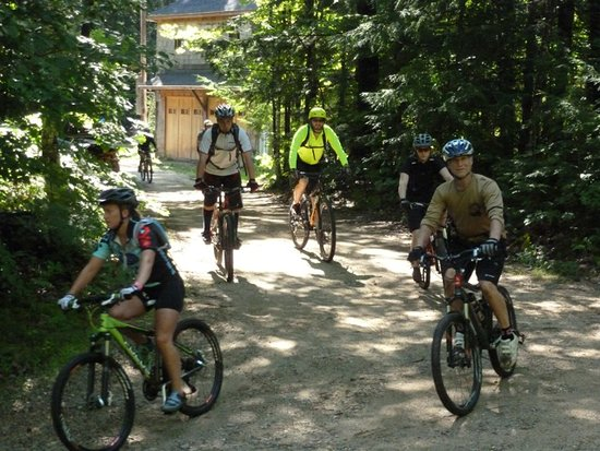 Parsonsfield, ME: Heading out on a group ride