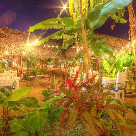 Al Pasito: Alpasito cocktail bar restaurant