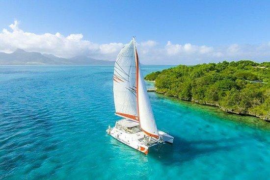 Full-Day Island Hopper Cruise to Isle...