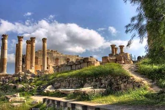Private Full Day Jerash and Umm Qais Tour From Dead Sea: Private Full Day Jerash and Umm Qais Tour From Dead Sea