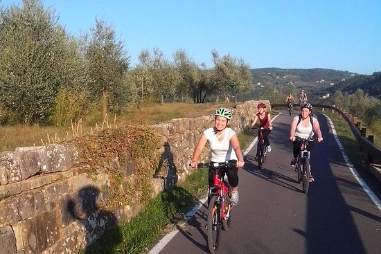 Por do sol rural da Toscana pela...