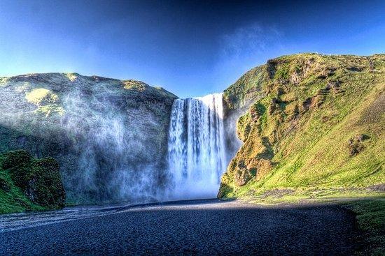 南海岸アイスランド:レイキャビクからの壮大なプライベートツアー