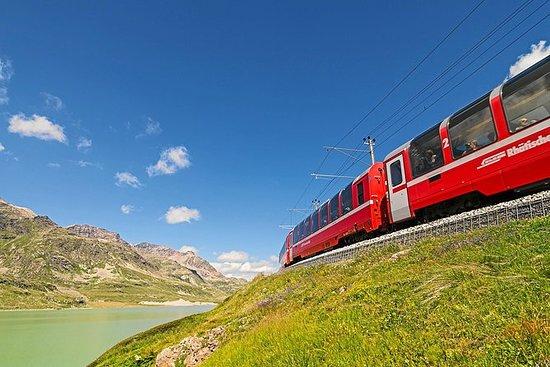 Zugfahrt mit dem Bernina Express von...