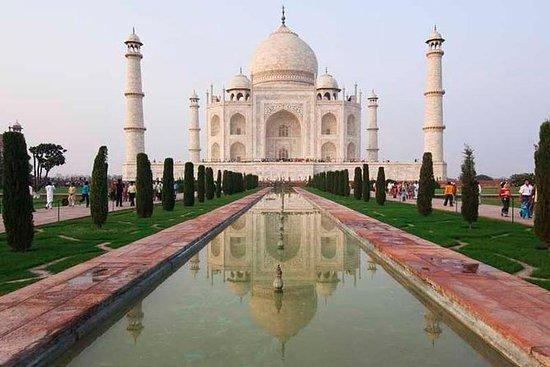 Full-Day Agra Tour with Taj Mahal...