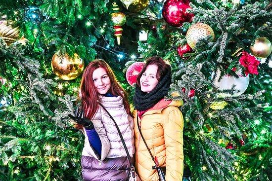モスクワのクリスマスマーケットとクリスマスイルミネーションツアー