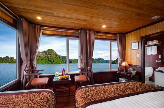 Wonderful 2-day Halong trip with...