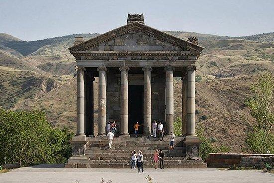 Privat tur til Echmiadzin, Zvartnots...